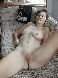 Sexual old cougar in her solo play