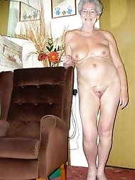 Spicy mature gilfs are posing almost undressed on pictures