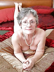 Old saggy granny in sexy panties ASS