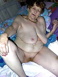 Sexy-shaped mature dames are fingering their wet pussy