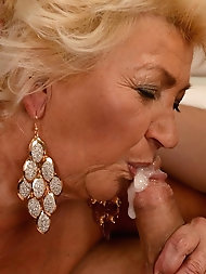 Moms,Grannys,Daughters and Wifes milfs matures bitches